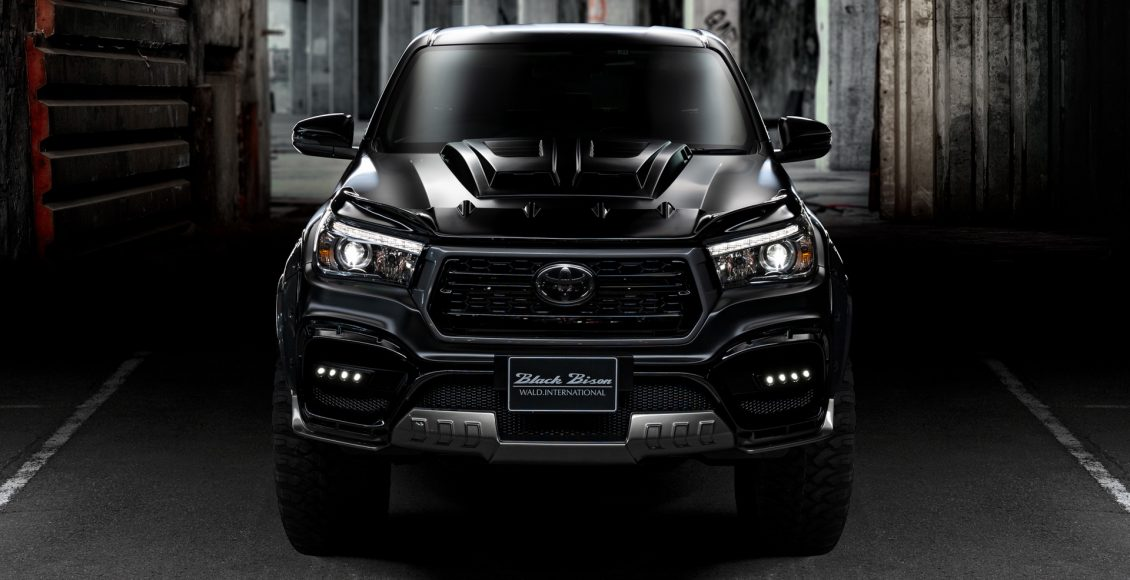 Toyota-Hilux-Sports-Line-Black-Bison-Edition-2020-4