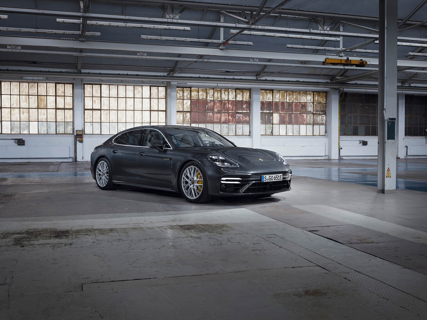 Porsche Panamera Turbo S E-Hybrid: 700 CV con etiqueta cero