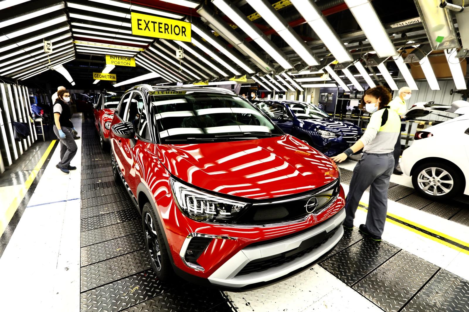 Arranca la producción en exclusiva del Opel Crossland en Figueruelas