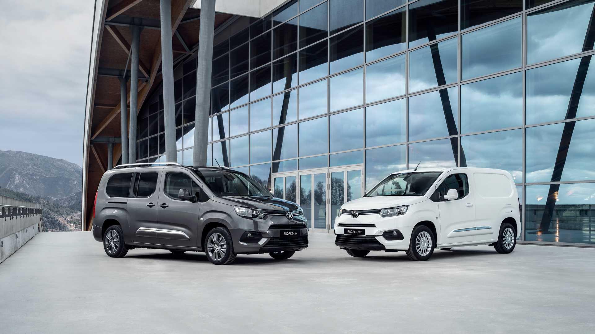 Toyota Proace City Electric: Furgoneta 100% eléctrica... fabricada en España