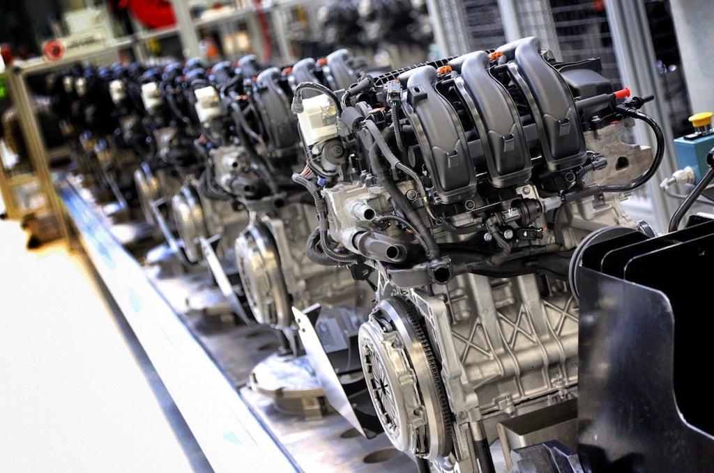 Otro golpe duro al diésel: La mayor fábrica de motores diésel del mundo pasará a producir eléctricos