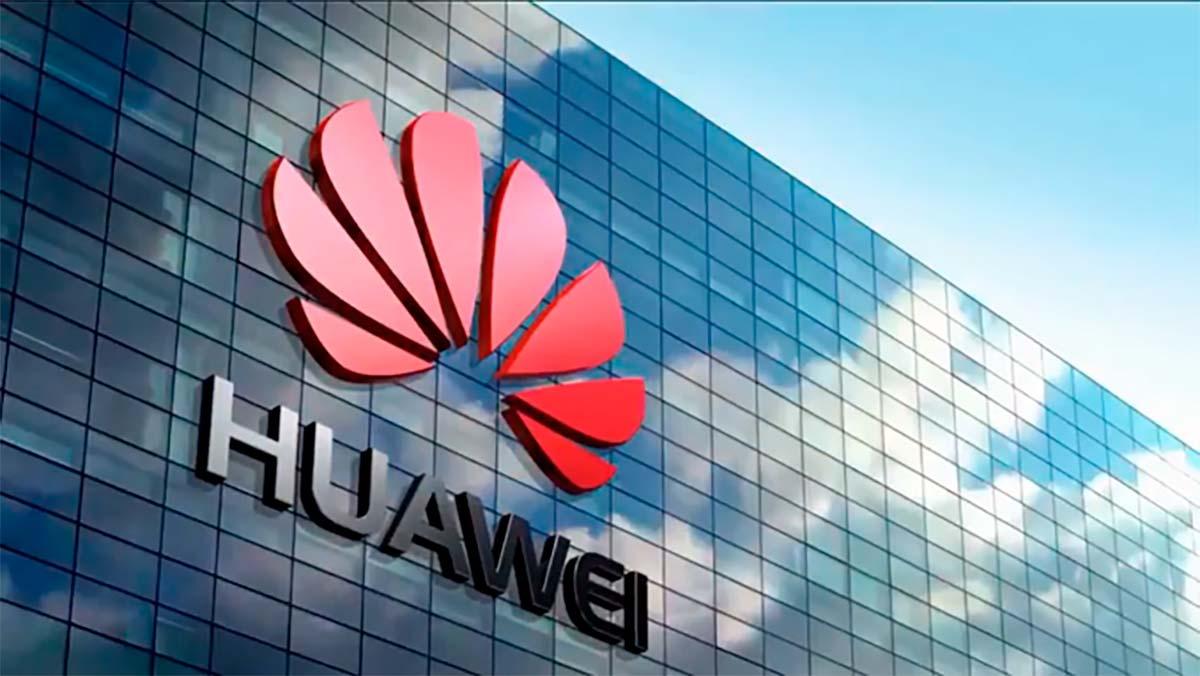 Huawei también se sube al carro del coche eléctrico: Está en conversaciones con fabricantes propiedad del gobierno chino