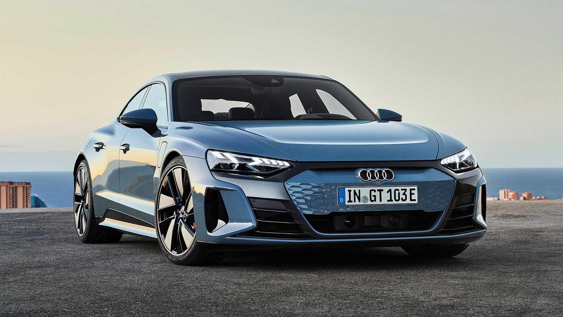 Audi fabricaría únicamente motores eléctricos a partir de 2026