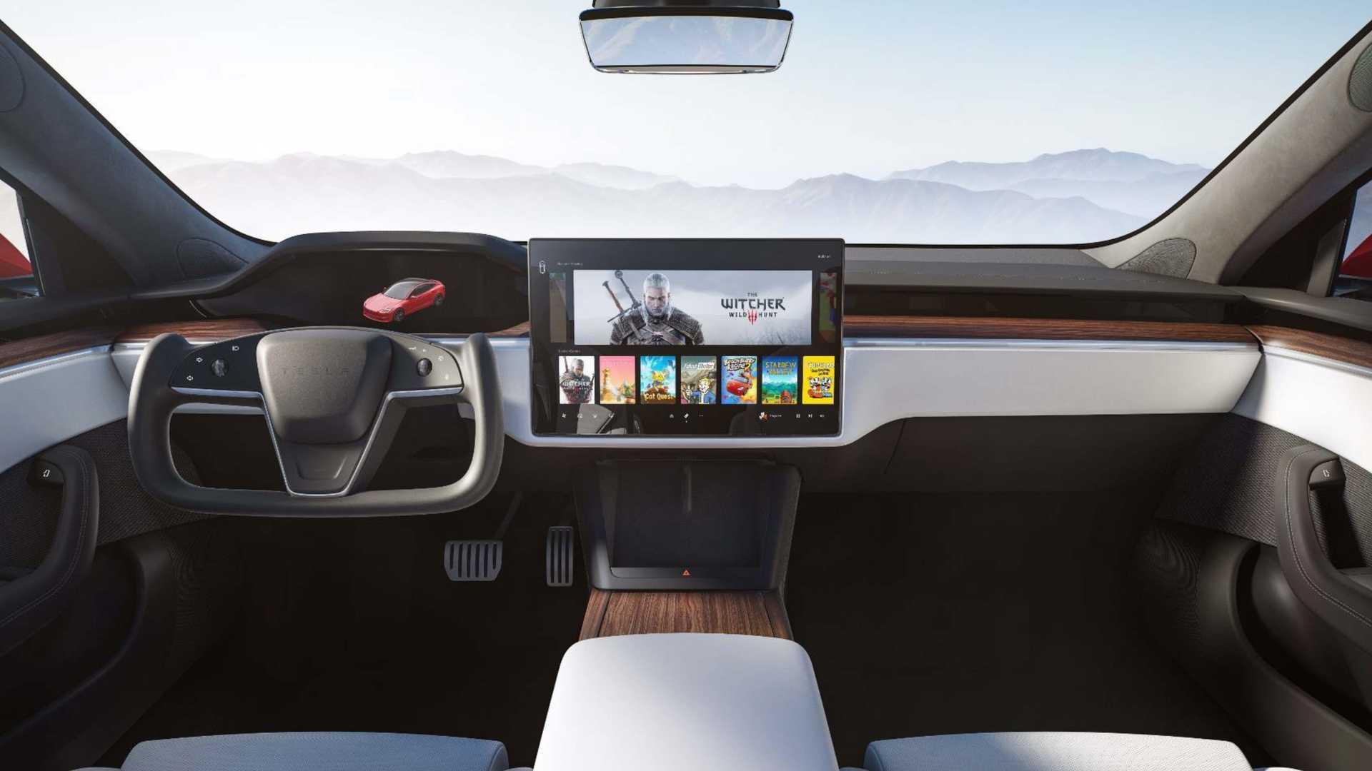 """El volante """"yoke"""" del Tesla Model S Plaid recibe fuertes críticas en Estados Unidos"""
